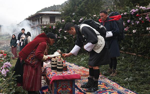 His Majesty visits Merak-