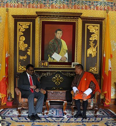 Ambassador of Fiji calls on PM-
