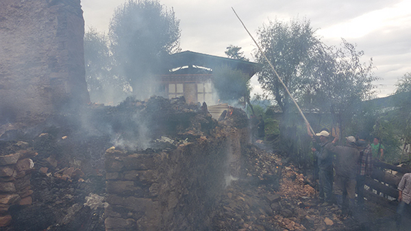 Fire destroys three houses in Bumthang