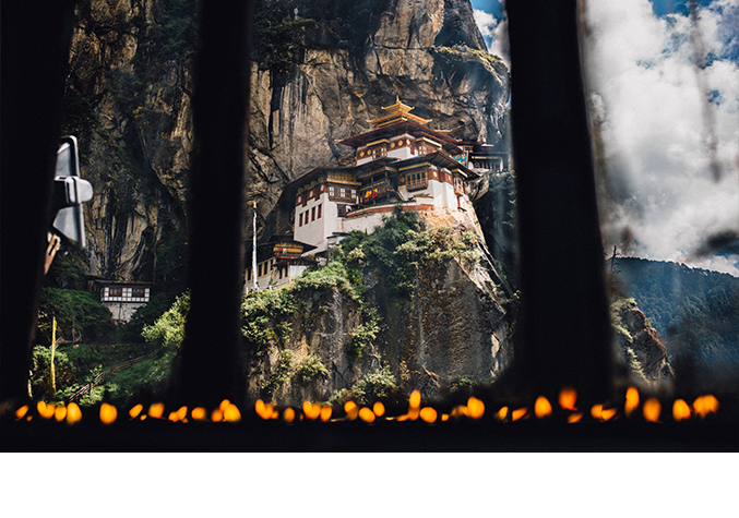 Offerings of infinite lamps to the tiger\'s nest (Pic: Pawo Choyning Dorji)