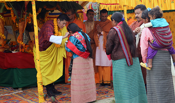 HM celebrates Dashain in Lokchina