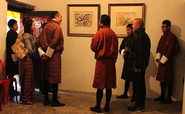 French artist exhibiting his work in Trashi Yangtse-