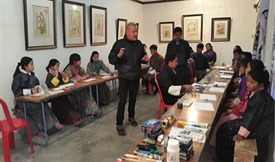 French artist exhibiting his work in Trashi Yangtse--