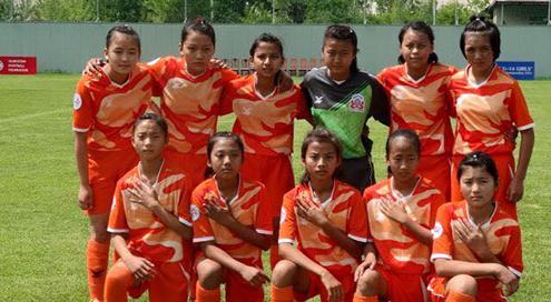 U-14-Girls-FootballTeam
