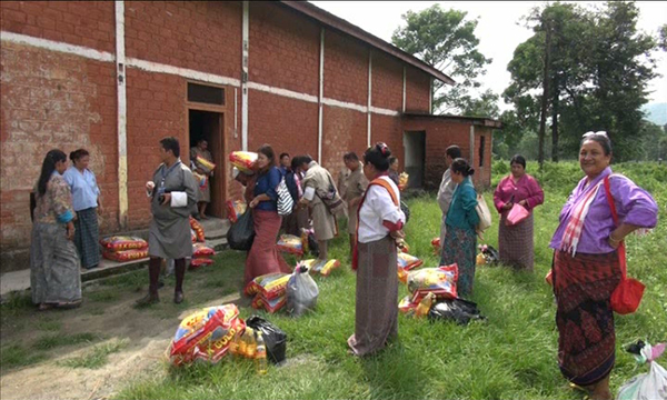 His Majesty grants food items to flood victims of Sarpang