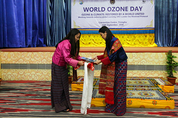her-majesty-graces-world-ozone-day-celebration