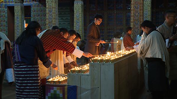 bhutan-lights-butter-lamps-to-observe-un-day