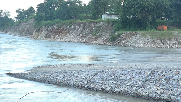 lhamoi-dzingkha-dungkhag-takes-construction-company-to-court
